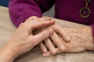 Caring for the Caregiver: Emotional Support After a Loved One's Dementia Diagnosis